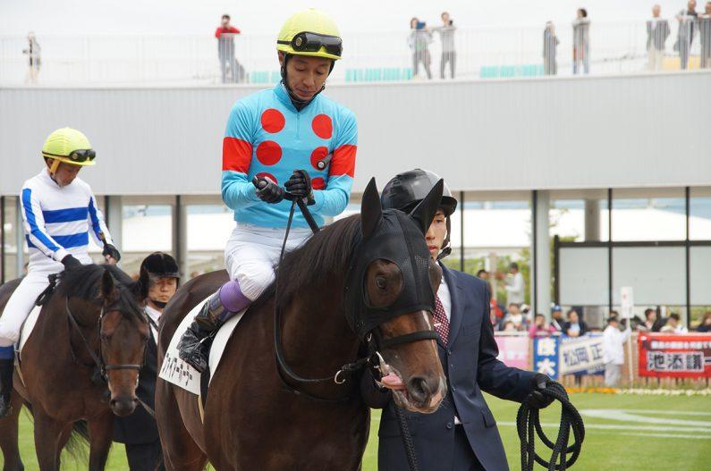 武幸四郎厩舎期待の2歳馬ファイアーボーラーと武豊
